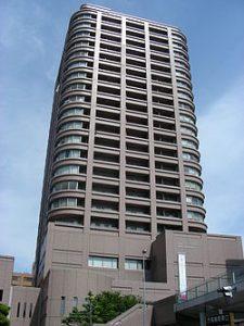 250px-Takasaki_Tower_21[1]